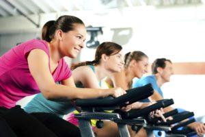 cuándo hacer cardio ejercicios para bajar de peso
