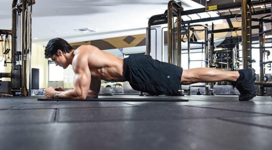 ejercicios corporales con planchas six pack perfecto